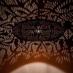 Oosterse hanglamp filigrain mat zwart vintage koper Oosters interieur Marokkaanse lamp