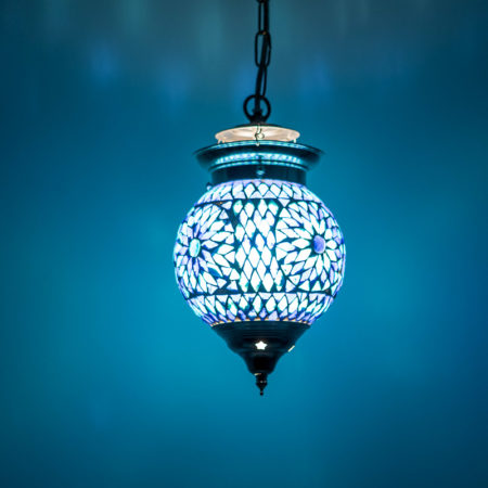 Oosterse lamp blauw mozaïek Oosters interieur