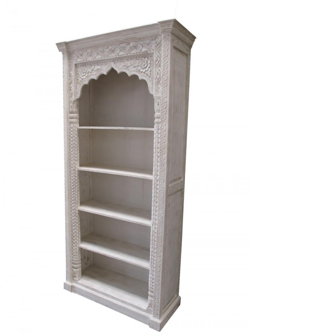 Oosterse meubels | unieke boekenkast | uniek houtsnijwerk | White wash