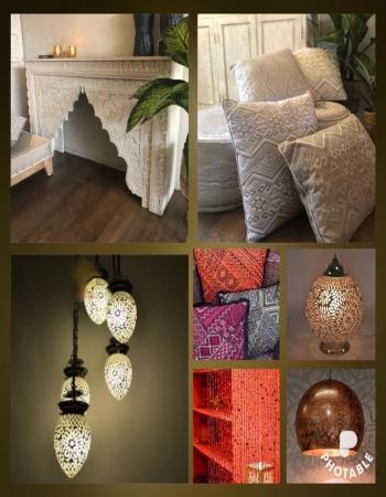 Oosterse interieur styling met Marokkaanse meubelen Oosterse kussens en Arabische lampen