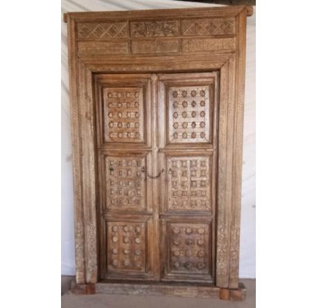 Oosterse poort | Ravati | Oosterse deuren | Houten deuren | Tempeldeur | Tempelpoorten