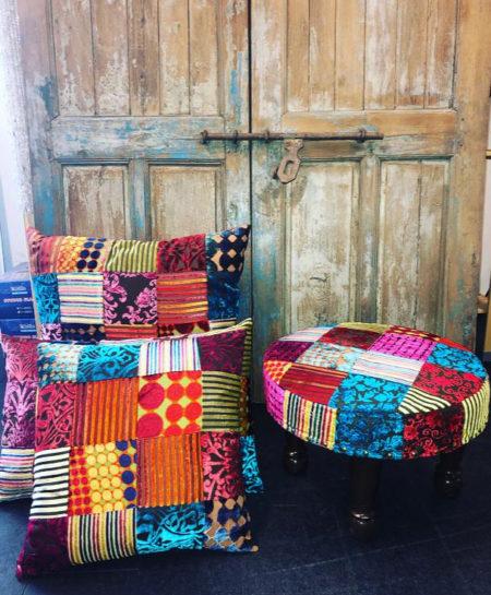 Oosterse poef | Arabische kussens | Marokkaanse meubels | Kalini | Amsterdam | Beste prijzen | Aanbieding Oosterse poefen
