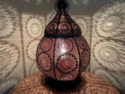 Marokkaanse tafellamp | Oosterse lampen | Filigrain | Metaal | Gaatjeslampen | Oosterse tafellamp