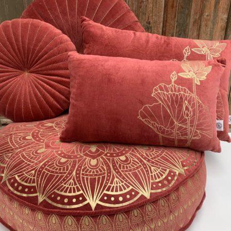 Oosters vloerkussen | Rood | Lotus | Marokkaanse vloerkussens | Arabische kussens | Modern Oosters interieur