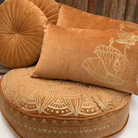 Oosters vloerkussen | Roest | Lotus | Loungekussens | Marokkaanse kussens | Arabisch interieur | Moderne Oosterse kussens