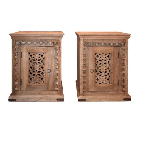 Oosters nachtkastje | Oosterse kasten | Nachtkastje | Slaapkamer | Bijzet kastje | Donker hout | India meubelen | Handgemaakt | Massief hout | Beste prijzen online