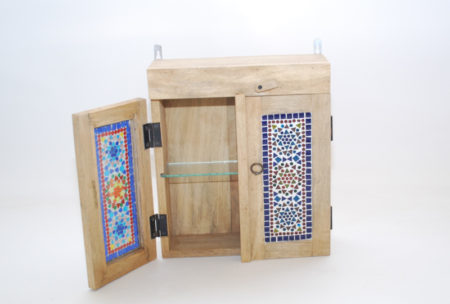Badkamerkastje | Oosterse kast met mozaiek | kleurrijke Oosterse meubelen | Oosterse inrichting