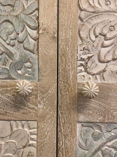 Oosterse kast   Whitewash   Lotus   Marokkaanse kasten   Kalini   Lotus
