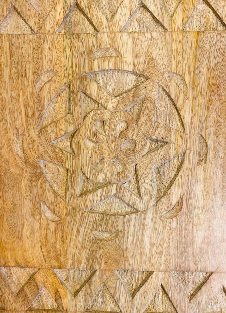 Oosterse tapasplank met sierlijk houtsnijwerk | Massief hout | Nieuw in de collectie | Nu voor de beste prijs bij kalini! Naturel kleur | Oosterse accessoires voor op tafel