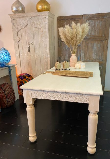 Oosterse eettafel | Whitewashed | Oosterse meubelen | Marokkaanse eettafel | Oosters meubel | Kalini meubel