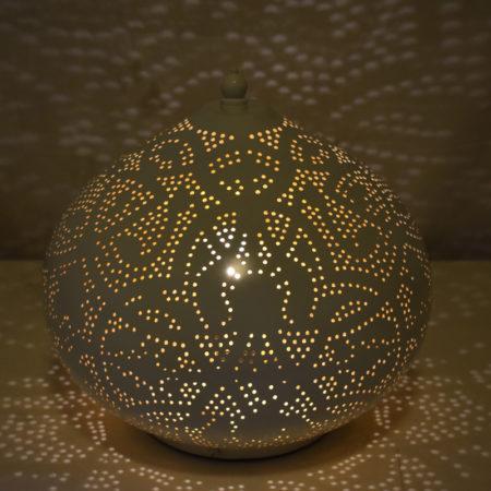 Marokkaanse tafellamp | Wit goud | Oosterse lampen | Arabisch filigrain | Oosterse interieur specialist Kalini | Scherpste prijzen | Eigen import