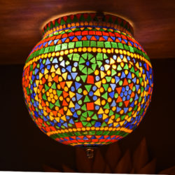 Oosterse plafondlamp | Mozaïek | Bolvormig | Oosterse lamp | Kleurrijke Oosterse plafonnières | Glasmozaïek | Marokkaanse lampen | Sfeerverlichting