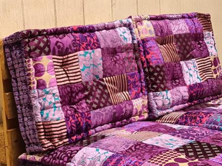 Oosterse palletkussens   Paars   Kussen set voor op de palletbank of loungeset nu bij Kalini   Kleurrijke Oosterse kussens