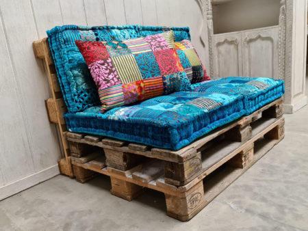 Oosterse palletkussens complete set turquoise kussens voor op de palletbank of loungeset nu online bij Kalini! Scherpe prijzen snelle levering